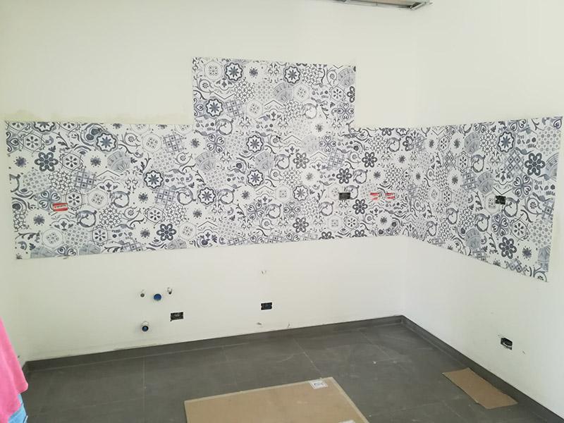 Lavori interni cmc ristrutturazioni torino - Posa piastrelle mosaico ...